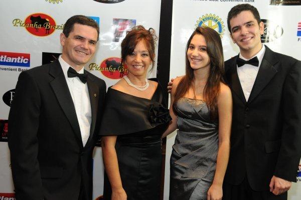 III Rotary Gala Dinner Marco Ivanete Mariana e Eduardo Donbrowski